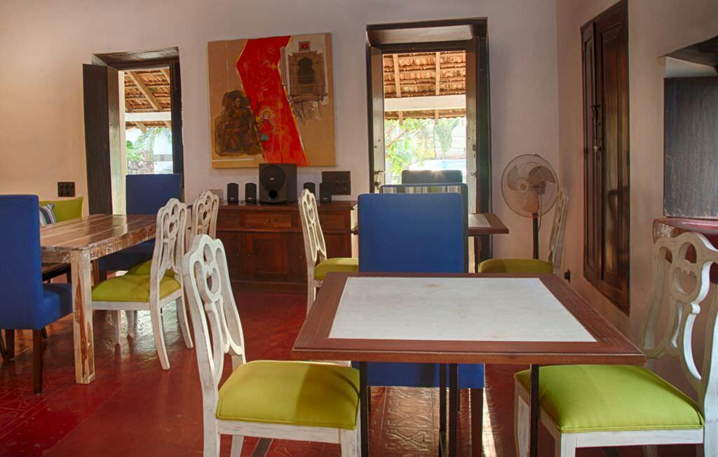 Villas in Goa, Villa Poo, Sit Out, Dining